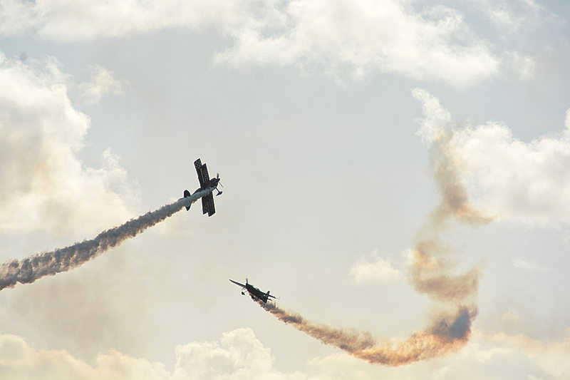St. Maarten Day celebration ends on high note with daring air show